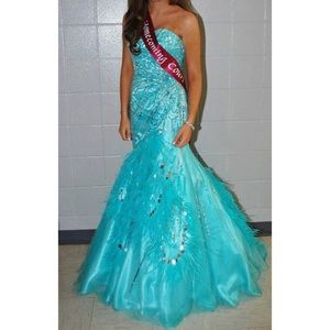 Blue Mac Duggal Dress/Prom, Homecoming, Pageant